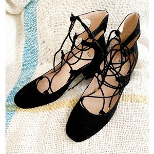 Zara black suede laced up shoes on block heel